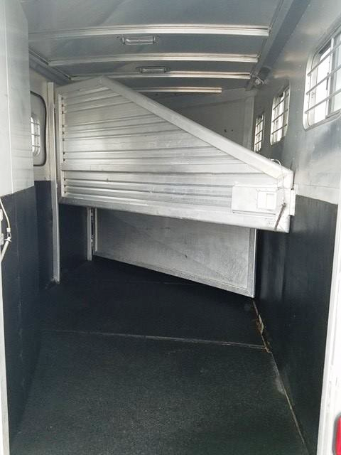 1995 Exiss Trailers Extreme with Midtack Horse Trailer