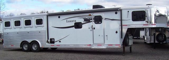 2014 Lakota Trailers 8413 Charger Horse Trailer
