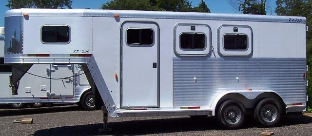 2002 Exiss Trailers Event Horse Trailer