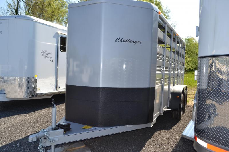 2017 Titan Trailers Challenger Livestock Trailer