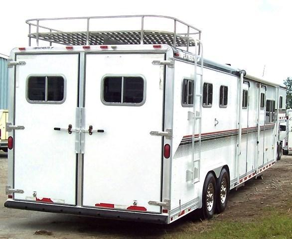 1997 Featherlite LQ with Midtack Horse Trailer