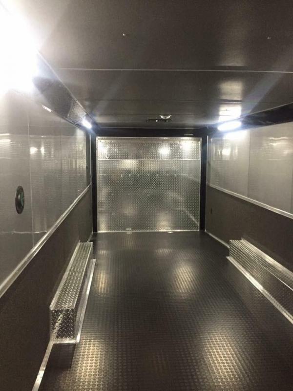 28 Continental Cargo enclosed  Car / Racing Trailer