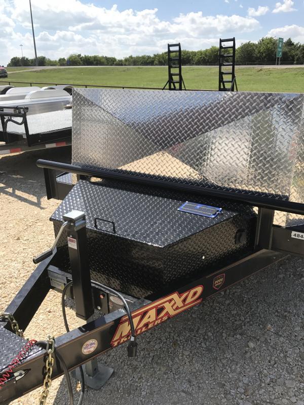 2017 Maxey 24 Maxed Air Ride Equipment Trailer