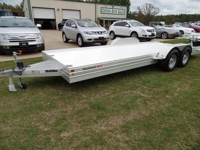 Haulmark  FEATHERLITE  car hauler  Car Trailer