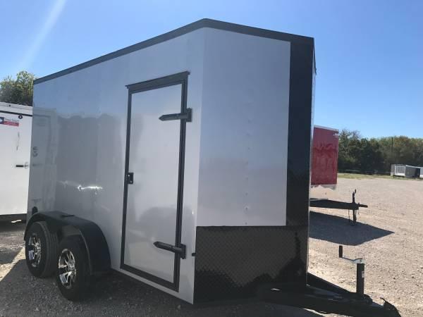 2018 Texas Select 6X12TA V NOSE RAMP DOOR ALUMINUM WHEELS Enclosed Cargo Trailer