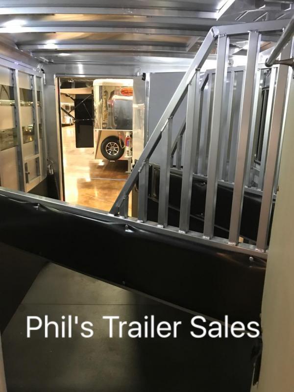 2018 3 horse living quarters sundowner trailers santa fe