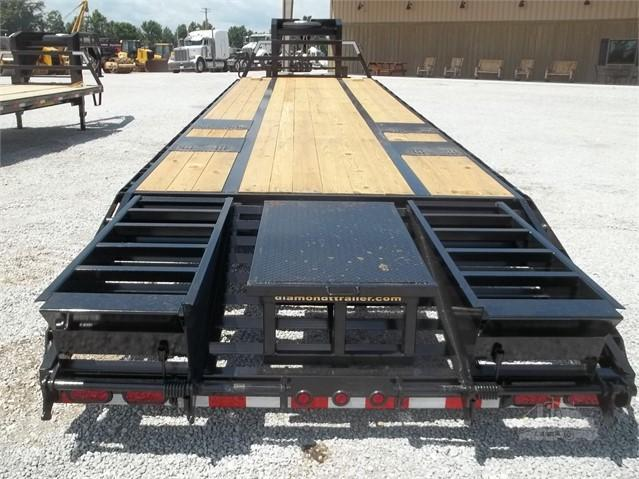 2018 Diamond T Trailers 32 Tandem Dual with center pop up Equipment Trailer