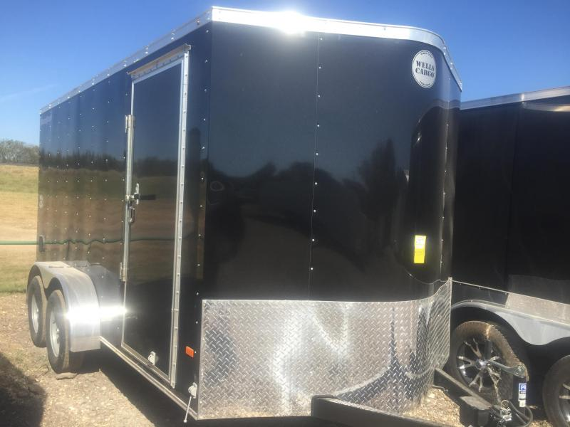 2017 Wells Cargo 7x16 + v 7' interior ht Enclosed trailer* Fast Track Cargo / Enclosed Trailer