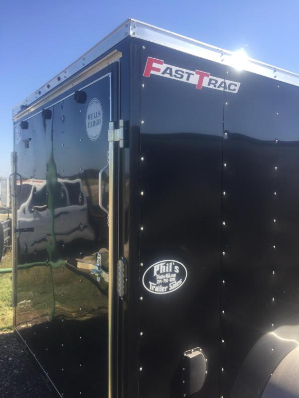 2017 Wells Cargo 7x16 + v 7' interior ht Enclosed trailer* Fast Track Cargo / Enclosed Trailer