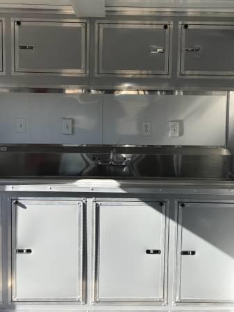 2018 Texas Select 8X16  2 WINDOW CONCESSION Vending / Concession Trailer