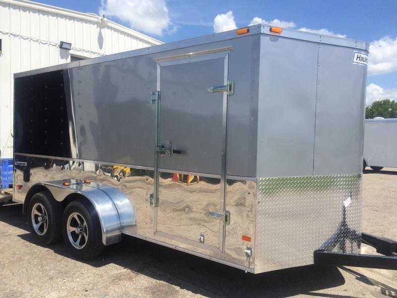 Haulmark 7x14+2 v nose trailer 2 tone Cargo / Enclosed Trailer
