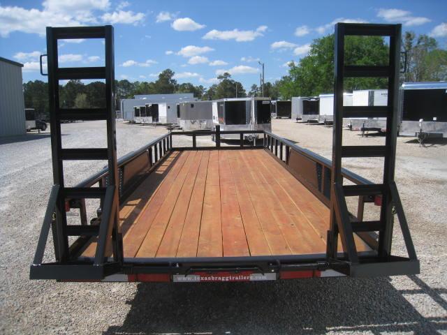 2017 Texas Bragg Trailers 82 X 20 Big Pipe Equipment Trailer
