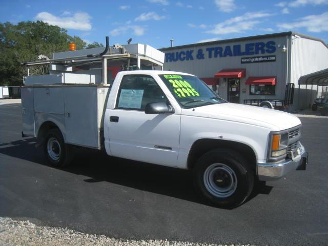 2000 Chevy C3500 Utility Truck w/ Onboard Compressor