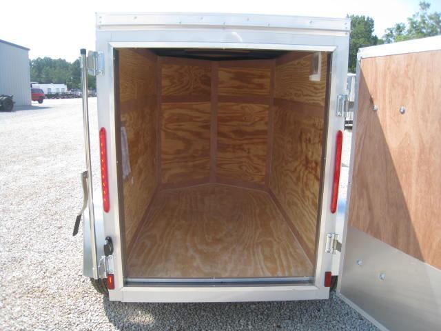 2017 Look Element 4 X 6 Vnose Enclosed Cargo Trailer