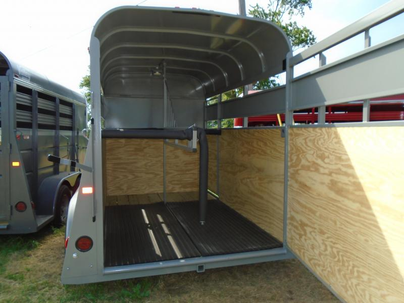 2017 Valley Trailers 14' / 2 Place Horse/Livestock Trailer