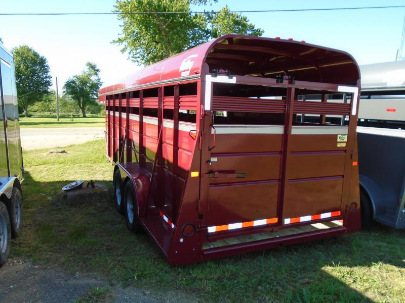2017 Valley Trailers 20' Horse/ Livestock Gooseneck Horse Trailer