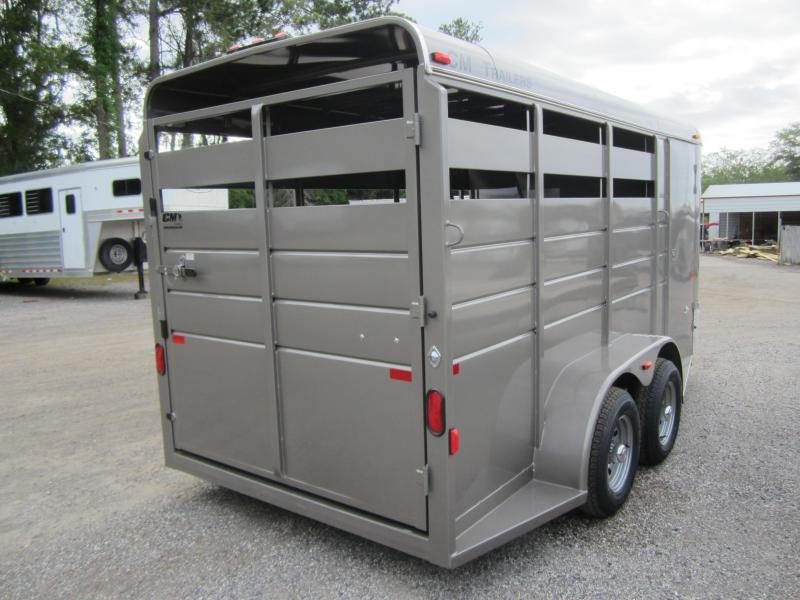 CMH0833-16 CM 6' X 16' (3)-HORSE DAKOTA W/ (2) DIVIDERS W/ TACK ROOM AND FLOOR MATS