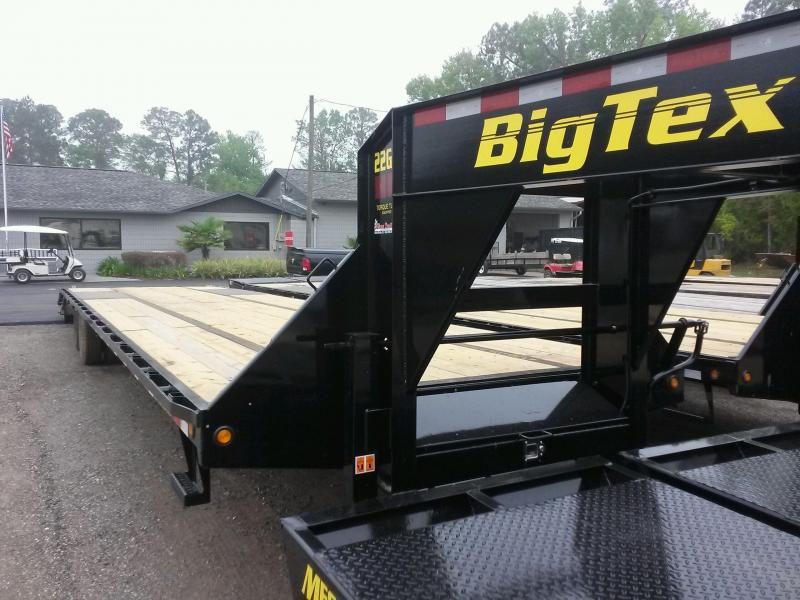 22GN-35BK+5MR BIG TEX 40' GOOSENECK DUAL TANDEM FLAT BED W/ MEGA RAMPS & FREE SPARE TIRE