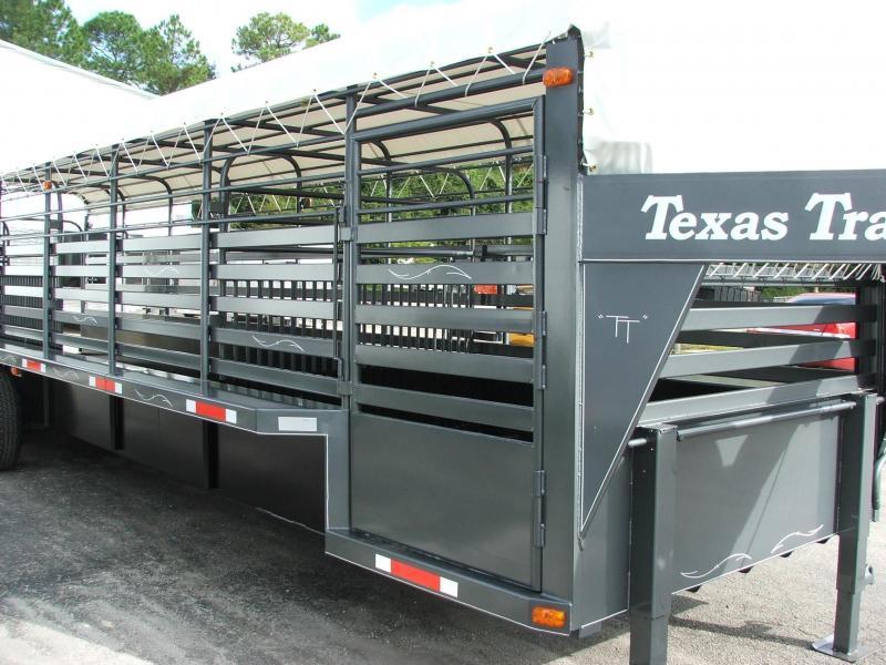 ST3221G TEXAS TRAILERS 32' GOOSENECK STOCK TRAILER W/ TRIPLE AXLES AND CUSTOM OPTIONS