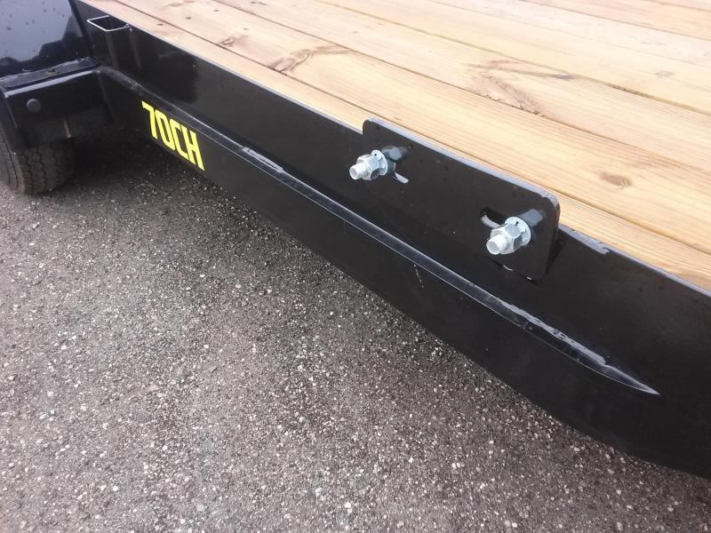 70CH-20BKDT BIG TEX 20' CAR HAULER W/ SLIDE OUT RAMPS AND BRAKES ON BOTH AXLES