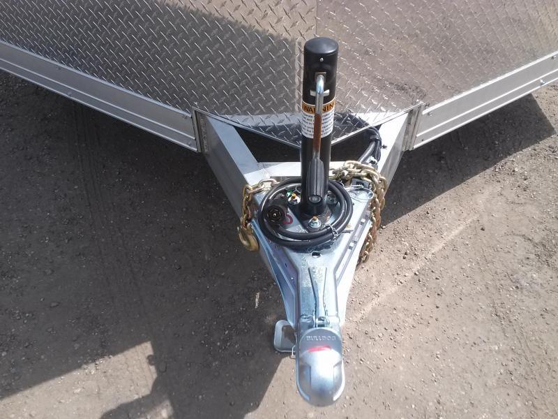 WAUV85X2022 WELLS CARGO 8.5X20 SILVER SPORT ALUMINUM ENCLOSED CAR HAULER W/ CUSTOM OPTIONS