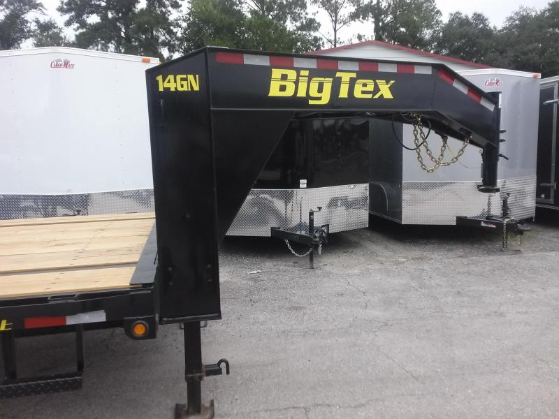 14GN-20BK+5MR BIG TEX 25' GOOSENECK TANDEM FLAT BED W/ MEGA RAMPS & FREE SPARE TIRE