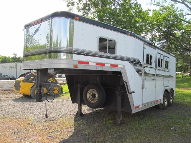1994 Featherlite 3HGN With Side and Rear Ramp
