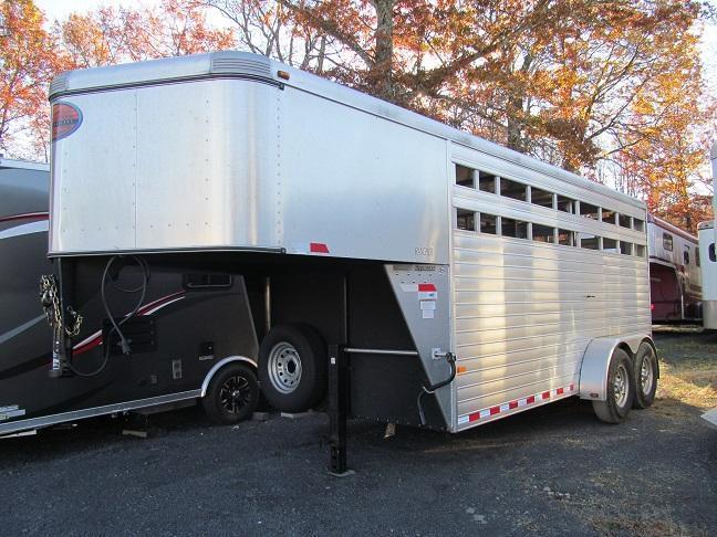 2012 Sundowner Rancher 16 Ft GN Livestock Trailer