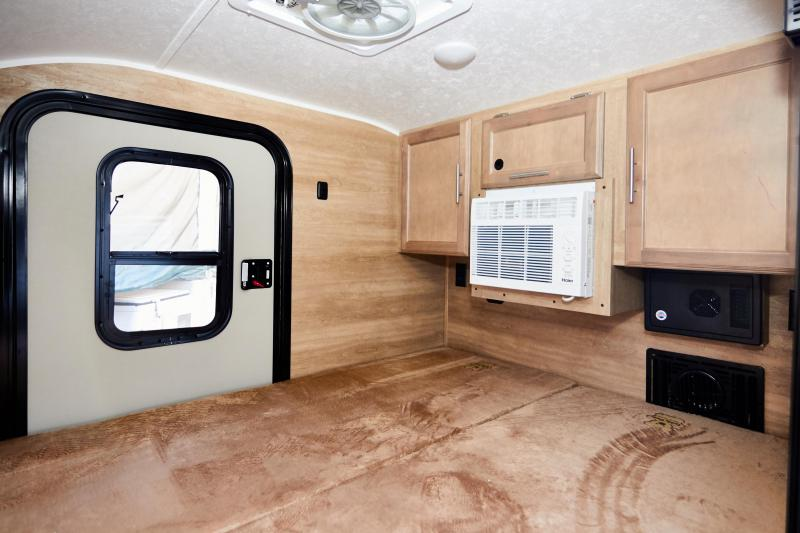 2020 Braxton Creek Bushwacker Travel Trailer RV