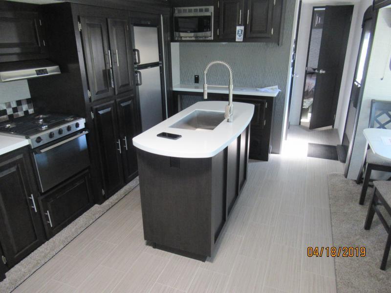 2020 Braxton Creek 320RLS
