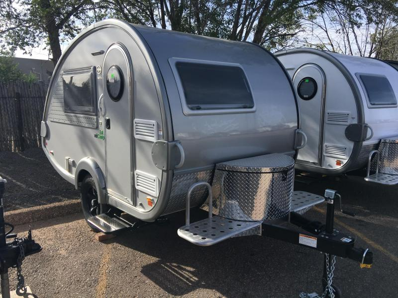 2018 nuCamp T@B S Outback Options Silver/Silver Trim