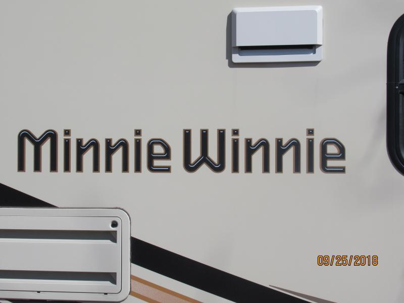 2017 Winnebago Minnie Winnie 22R