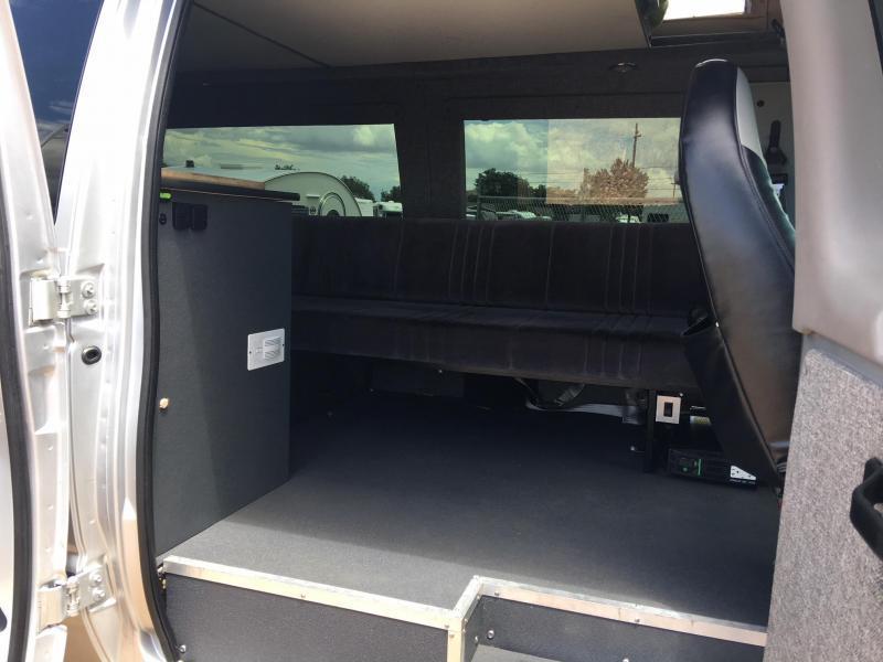 2000 Ford Sportsmobile SUV