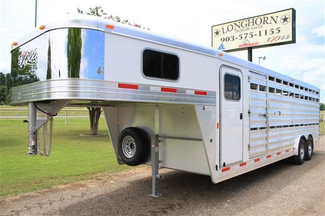 2017 Exiss Trailers 24' Show Cattle Combo 8' Wide+ Poly Last Floor