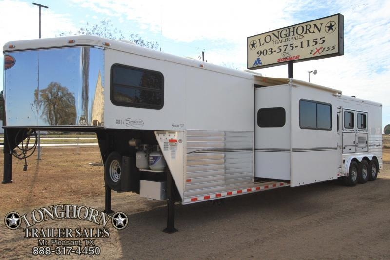 2008 Sundowner 3 Horse 17 Lq / Slide-out