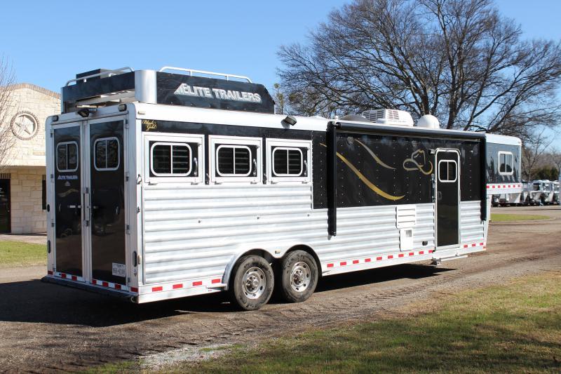 2010 Elite 3 Horse 12.8ft Shortwall with Generator Resistol