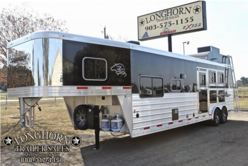 2018 Sooner 3 Horse 13ft Shortwall by Outback Customs