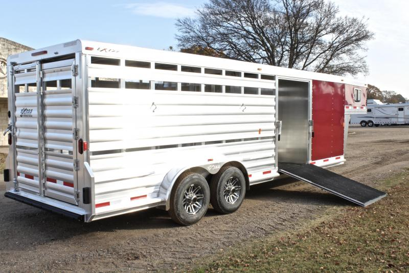 2018 Exiss Trailers 24ft Show Cattle with Side Ramp