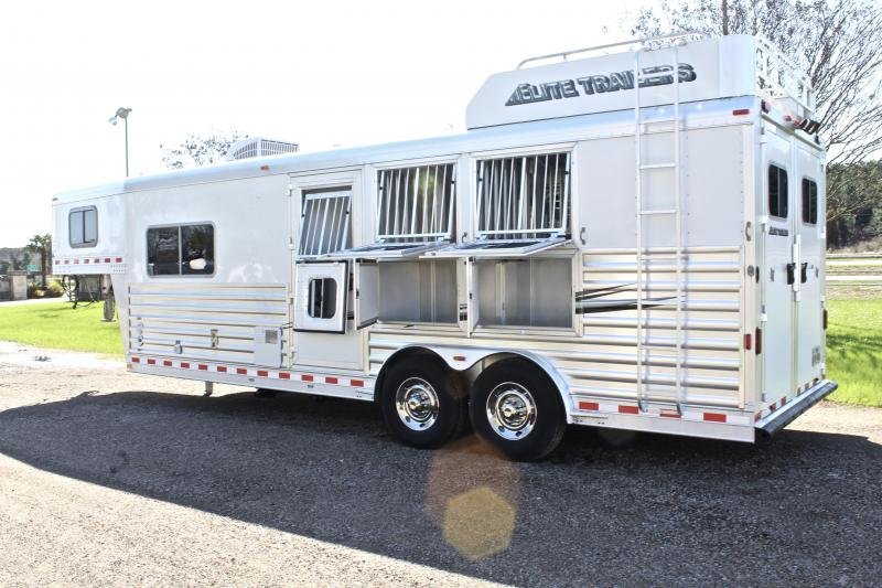 2014 Elite 3 Horse 8.8ft Shortwall with Mangers