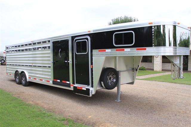 2018 Exiss 28' Stock Combo with Dressing Room & Side Ramp