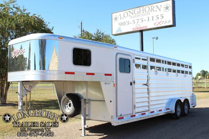 2014 Exiss  22ft Roper Deluxe with Slanted Tack Room