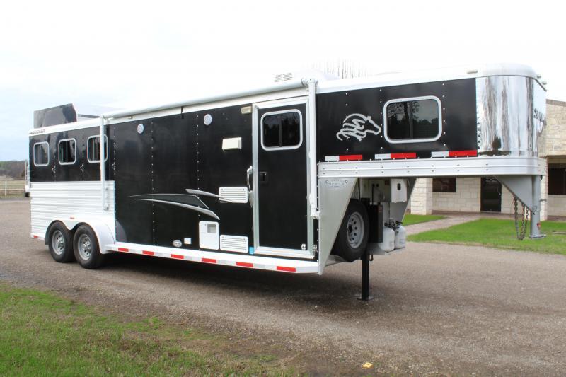 2012 Sooner 3 Horse 8ft Shortwall with Hayrack