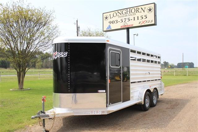 2017 Exiss Trailers Show Pro 17' Bumper Pull with Side Ramp Livestock Trailer