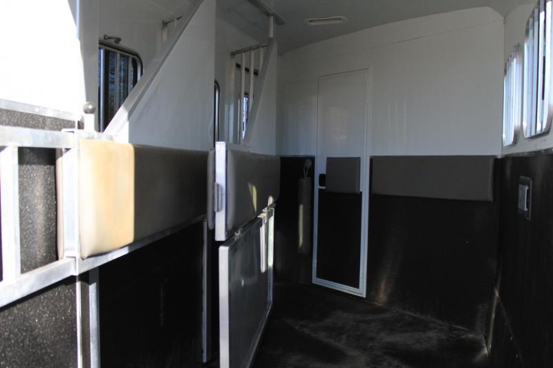 2012 Bison 3 Horse 12 Lq/ slide out