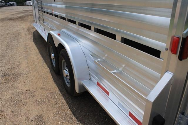 2018 Exiss Trailers 24' Show Cattle Combo with Side Ramp in Tack Room
