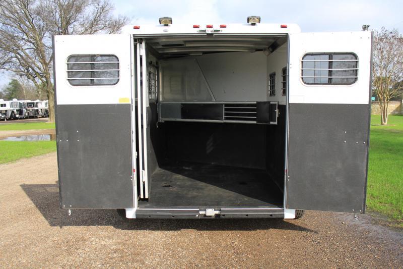 2004 Sundowner 2 Horse Bumper Pull Loaded*