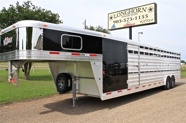2018 Exiss Trailers 30 'Stock Combo with 5 Dressing Room & Side Ramp Livestock Trailer