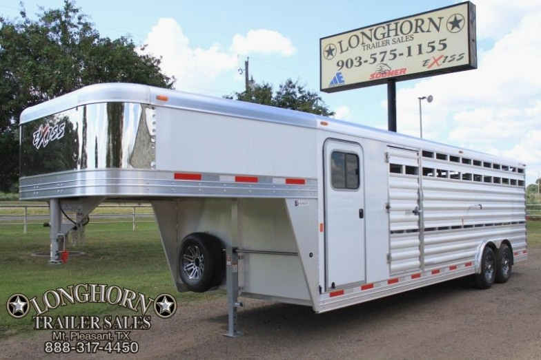 2018 Exiss 24' Show Cattle 8' Wide with Side Ramp