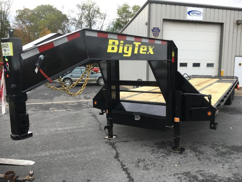 2018 Big Tex Trailers 22GN-20BK+5MR Equipment Trailer