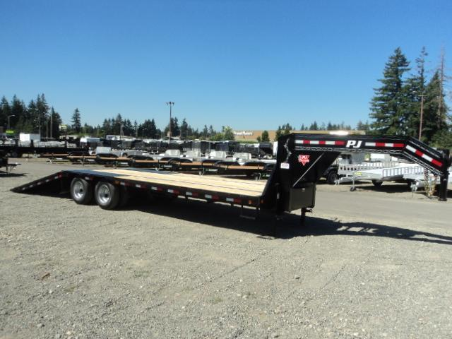 2018 PJ Trailers 30' Low-Pro with Hydraulic Dove Trailer